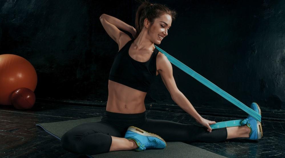 комплекс упражнений с фитнес резинкой